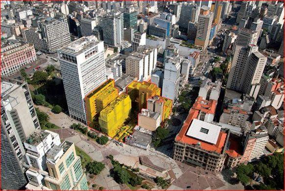 As edificações marcadas são as que passaram por processos de reforma, demolição e readequação para execução do projeto.