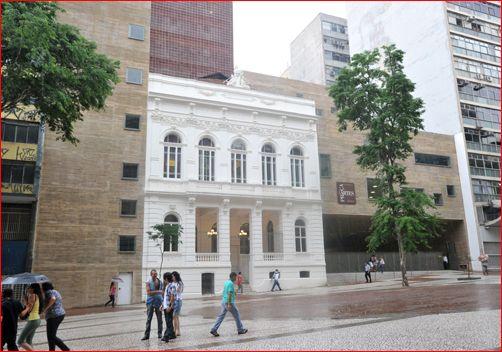 Os acessos pela Avenida São João.