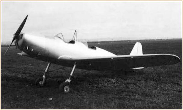 O problemático CAP-1 Planalto, que seria modificado e recebido o apelido de Tufão