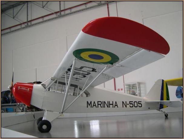 """CAP-4 que em fase de protótipo era conhecido como IPT-4, recebeu então nas mãos do empresário Pignatari o carinhoso nome de """"Paulistinha"""", aqui no museu da TAM."""