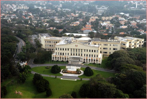 O palácio que quase foi universidade