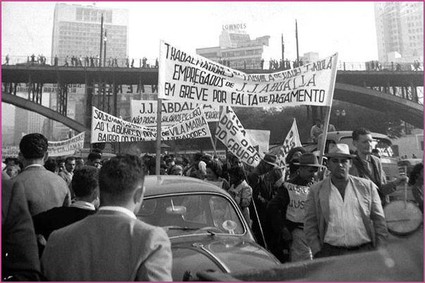A turbulenta relação entre funcionários e a direção da empresa, motivaram muitas manifestações e greves, entre as quais a que durou 7 anos (1962 a 1969)