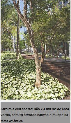A população acabou por ganhar uma área verde, como um dos acordos de compensação pelo projeto da torre.