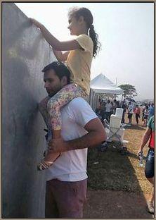 Como ver o desfile da independência com o muro da vergonha?